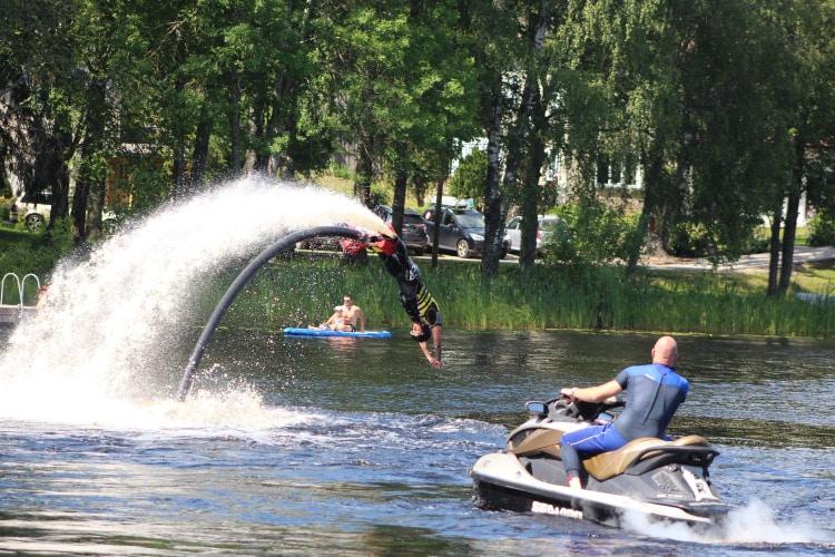 Flyboardiga salto tegemine